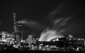 Industrienachtslandschaft